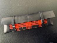 Original Recaro - Erste Hilfe Set - Leder mit rot-schwarz-gelbem Tartanstoff